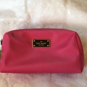 NWT ♠️Kate Spade Blake Avenue Davie cosmetic bag♠️